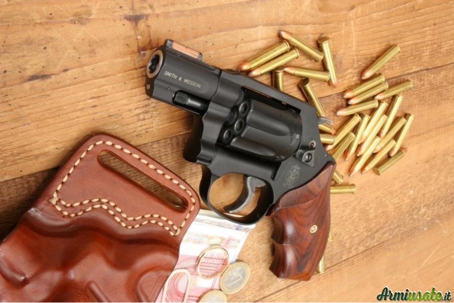 Smith & Wesson 351 PD .22 WMR